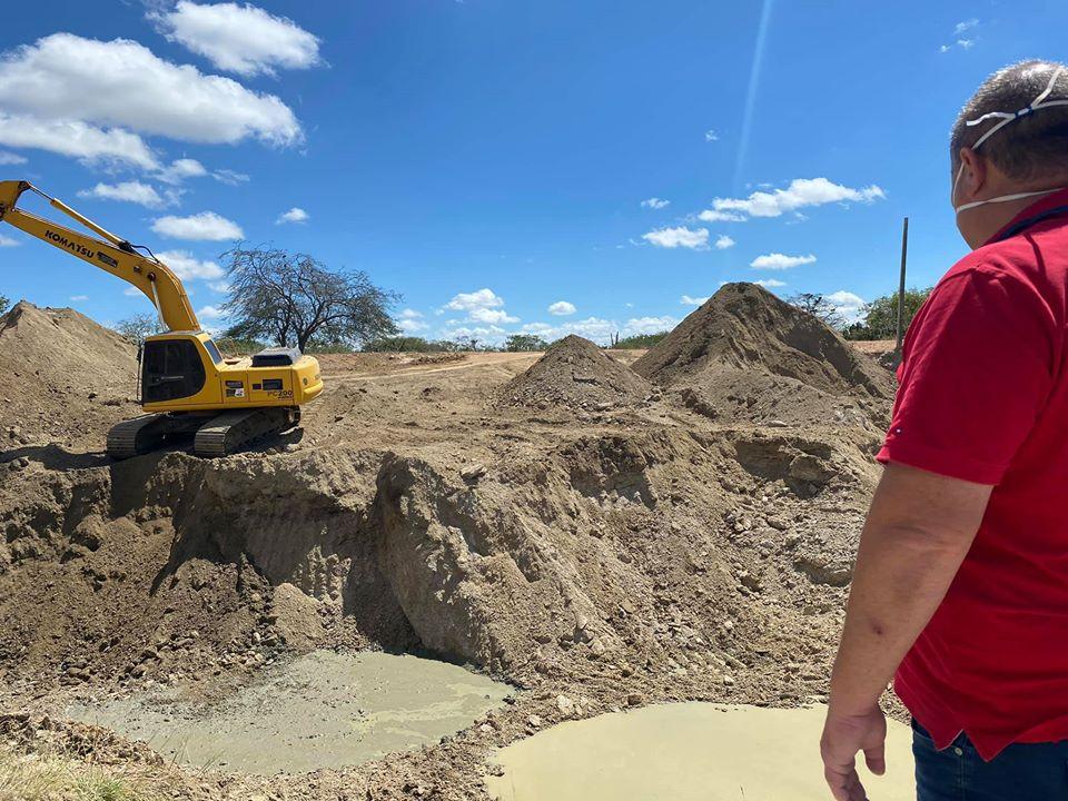 Prefeitura de Boa Vista recupera estradas vicinais e beneficia comunidades do município